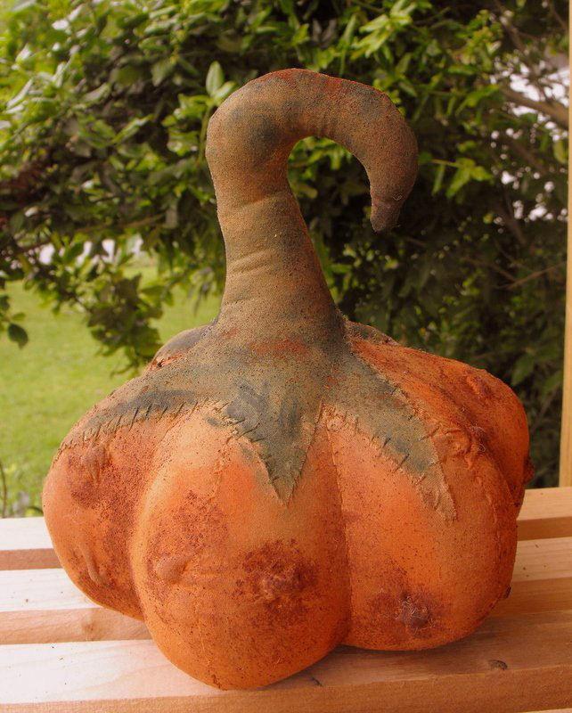 Handmade Curly Top Gored Pumpkin